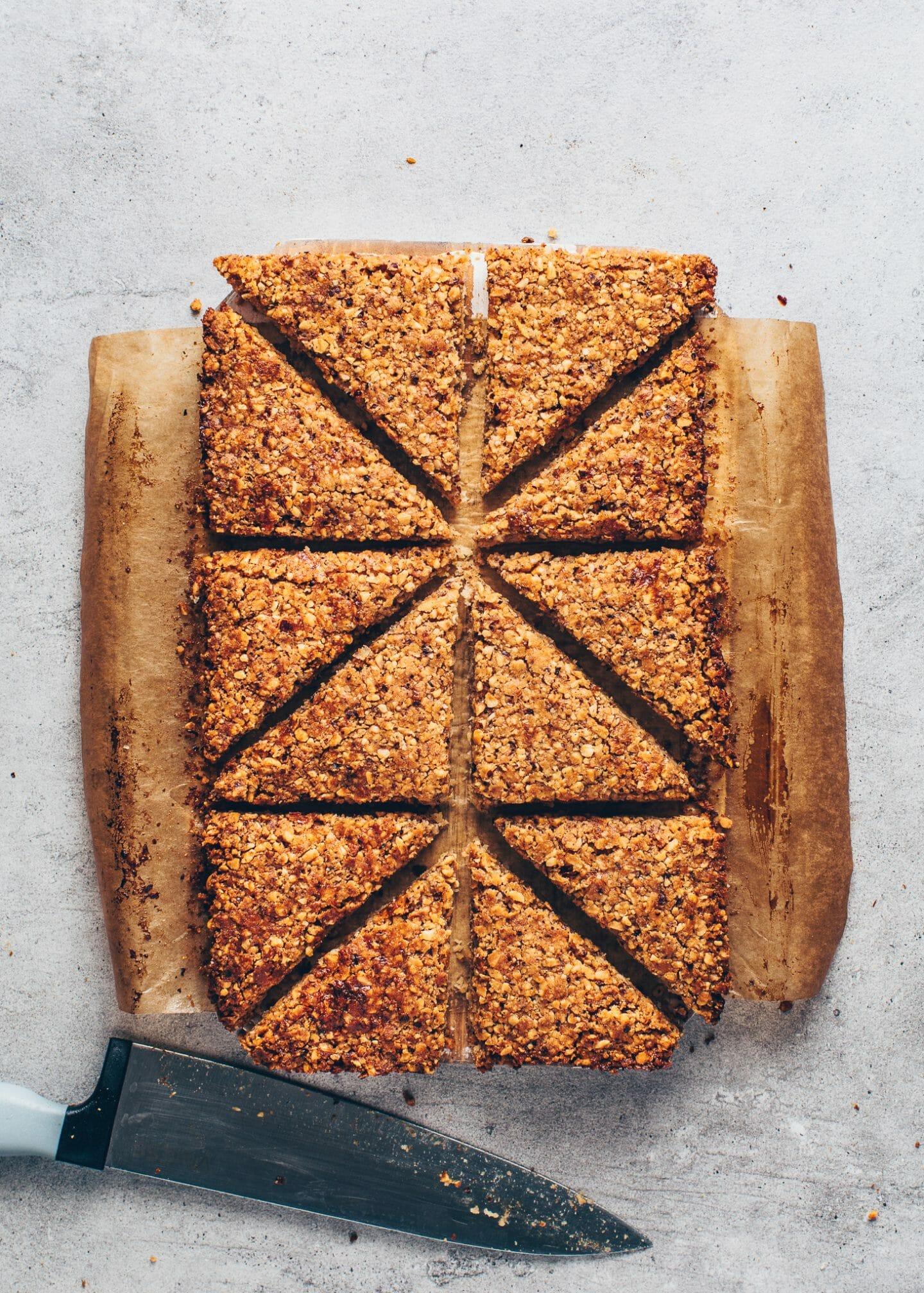 nut corners (hazelnut cookie triangles)