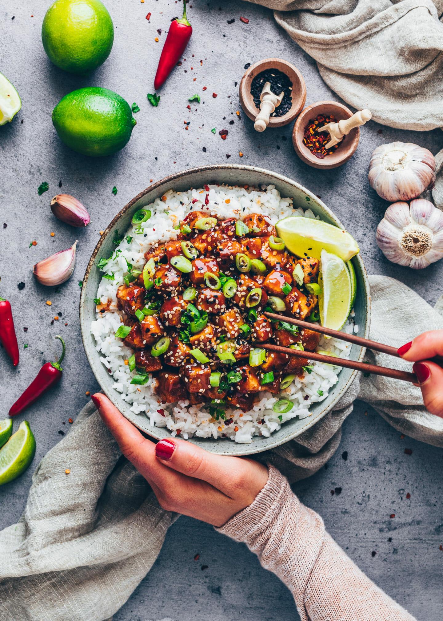 Tofu mit asiatischer Süß-Sauer-Soße