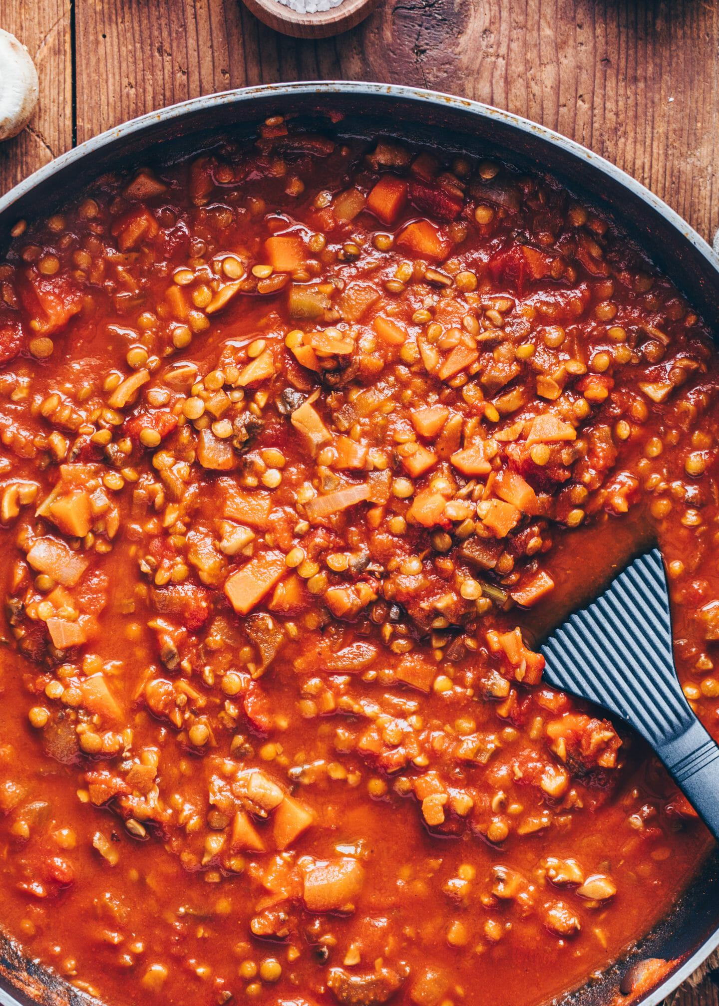 Mushroom and lentil Ragu Stew (Vegan Bolognese)