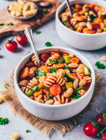 Vegan minestrone soup (easy one-pot vegetable stew, gluten-free)
