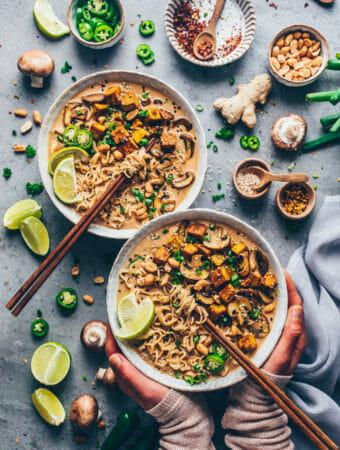 Thai Erdnuss Nudelsuppe