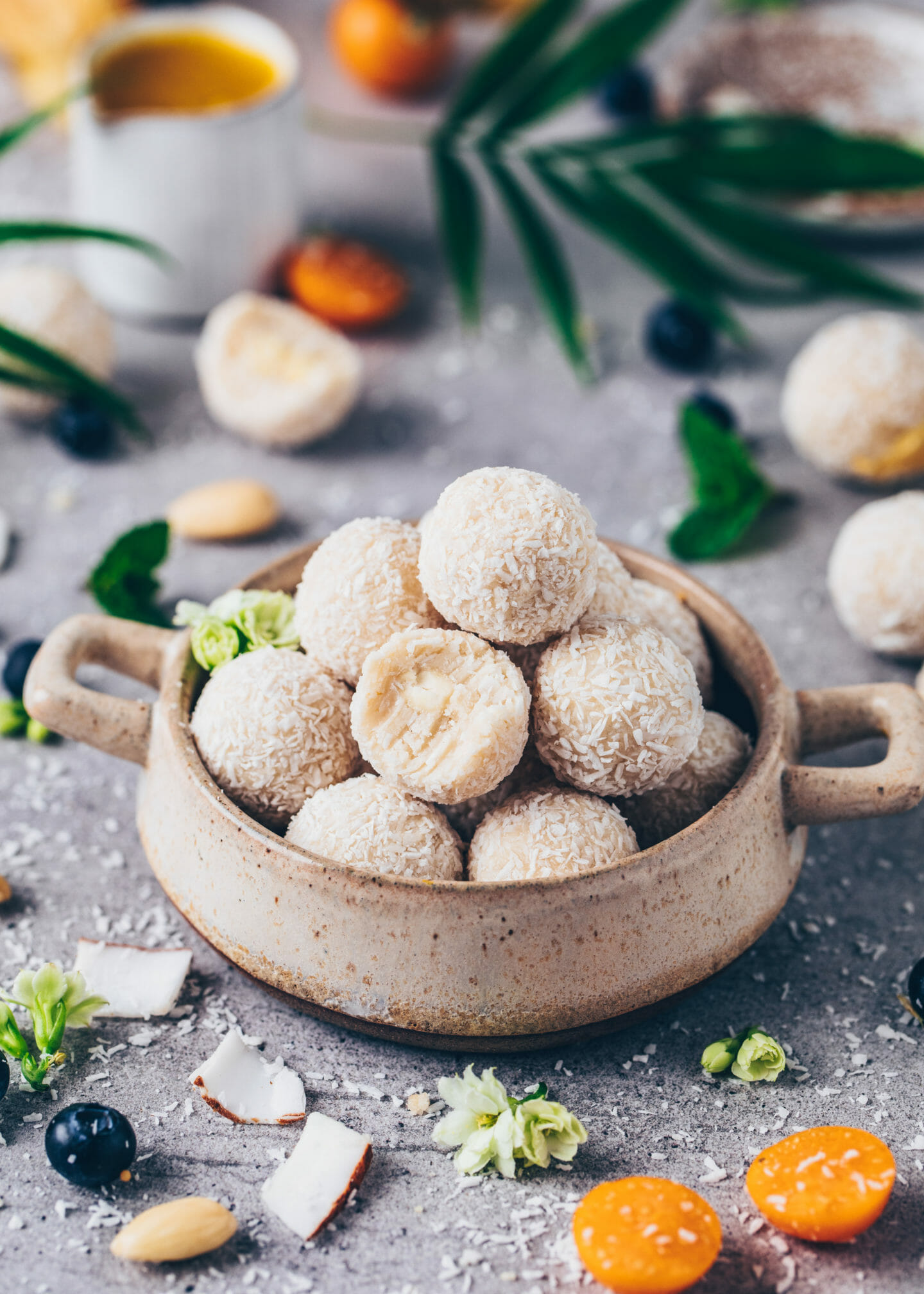 Vegan Raffaelo Coconut Balls (healthy, homemade, easy)
