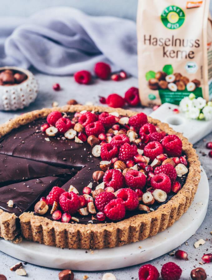 Schokoladen-Haselnuss-Torte, Nutella Tarte mit Himbeeren