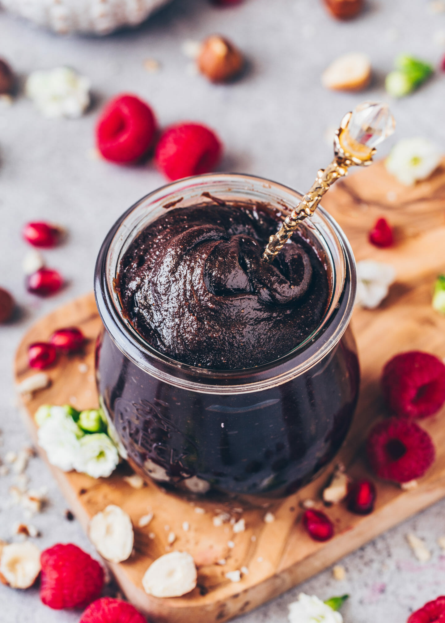 Vegane Nutella, Nuss-Nougat-Creme, Schoko-Haselnuss-Aufstrich (Rezept, selbstgemacht, einfach)