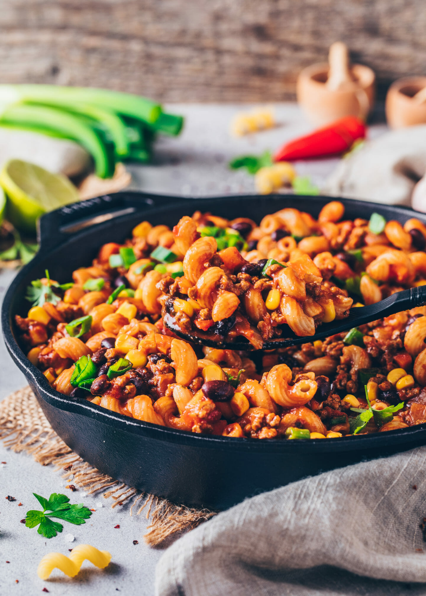 Mexican Taco Pasta (Vegan One-Pot Enchilada Macaroni with beans and corn)