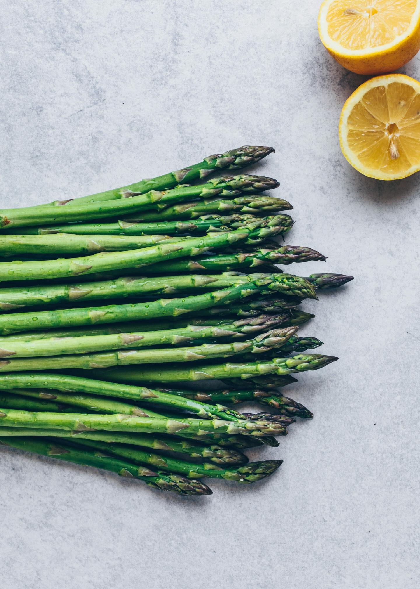 green asparagus and lemon