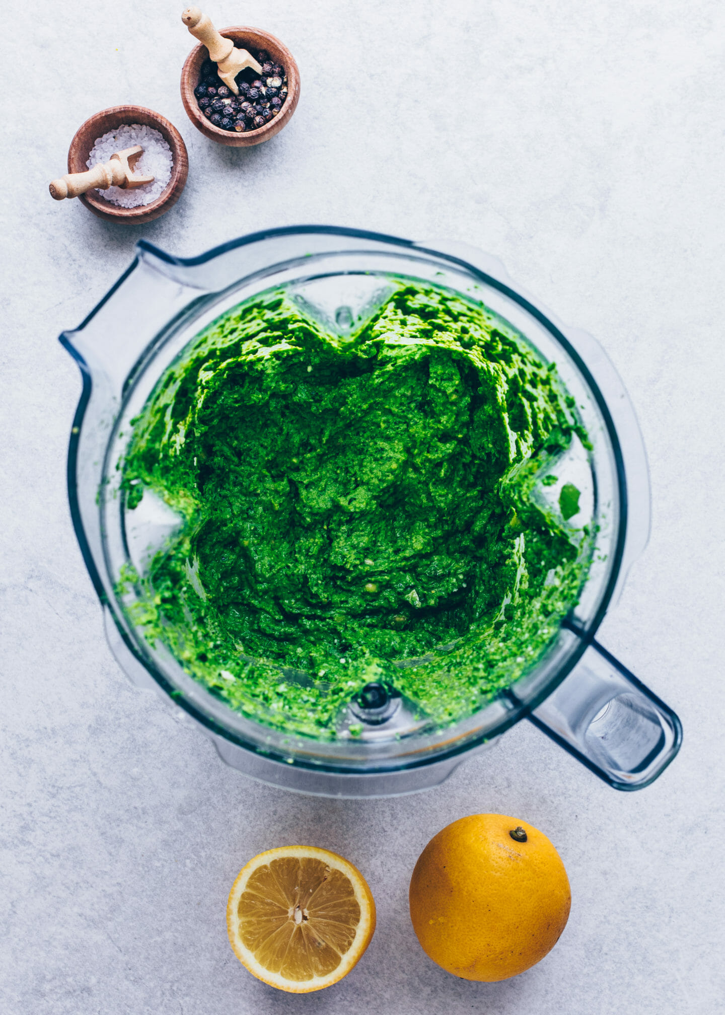 vegan wild garlic pesto in a blender