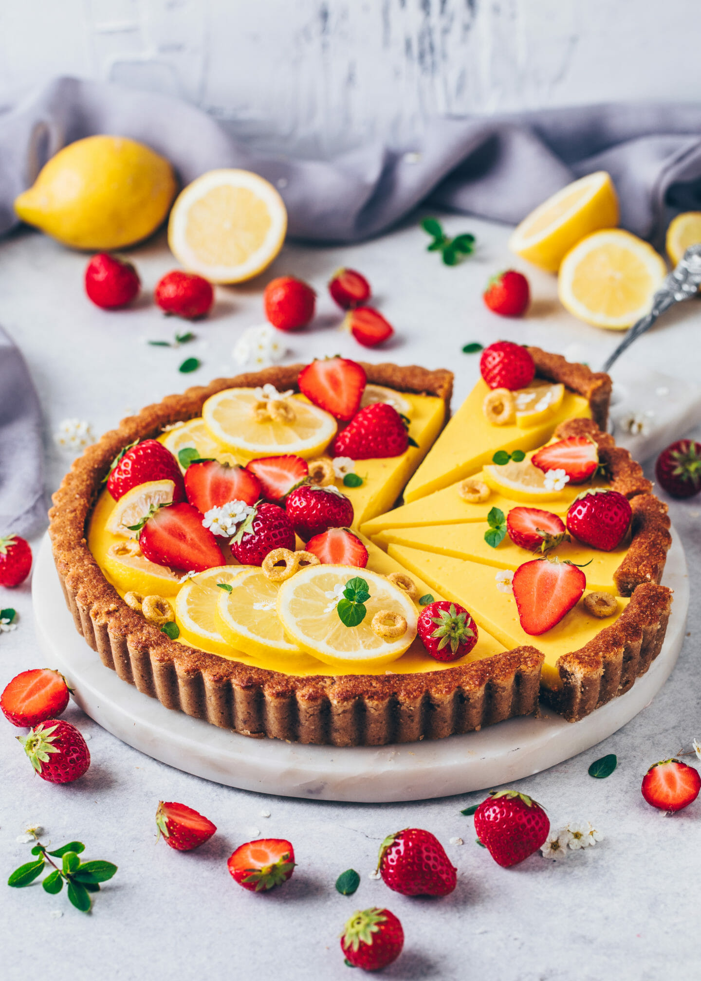 Vegan Lemon Tart with Strawberries (Easy, Gluten-free, No-Bake)
