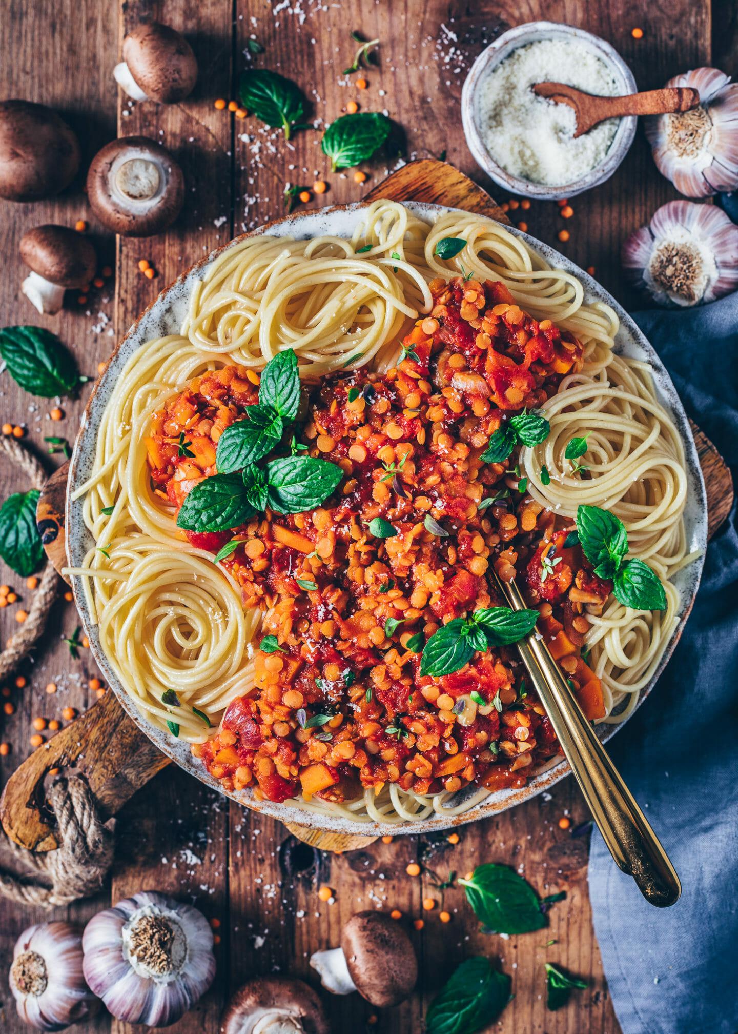 lentil bolognese with spaghetti pasta