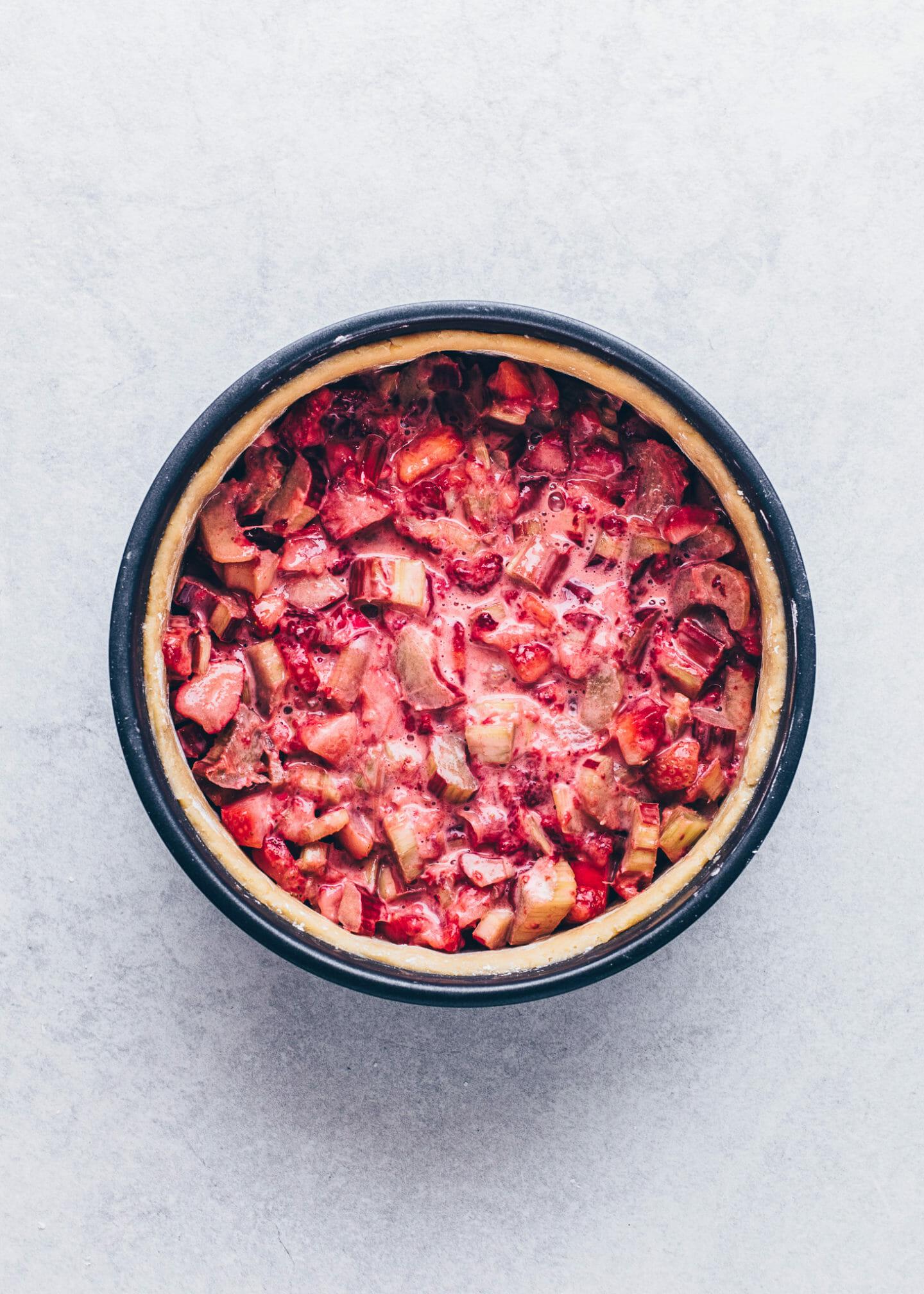 Erdbeer-Rhabarber Kuchen (Veganer Pie)
