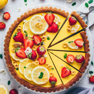 Vegan Lemon Curd Tart with Strawberries