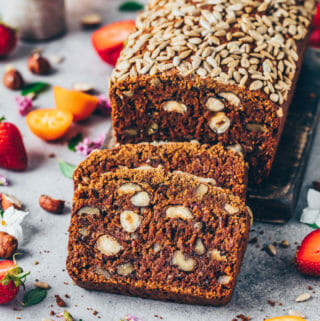 Date hazelnut walnut bread