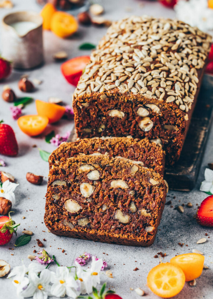 Date hazelnut walnut bread