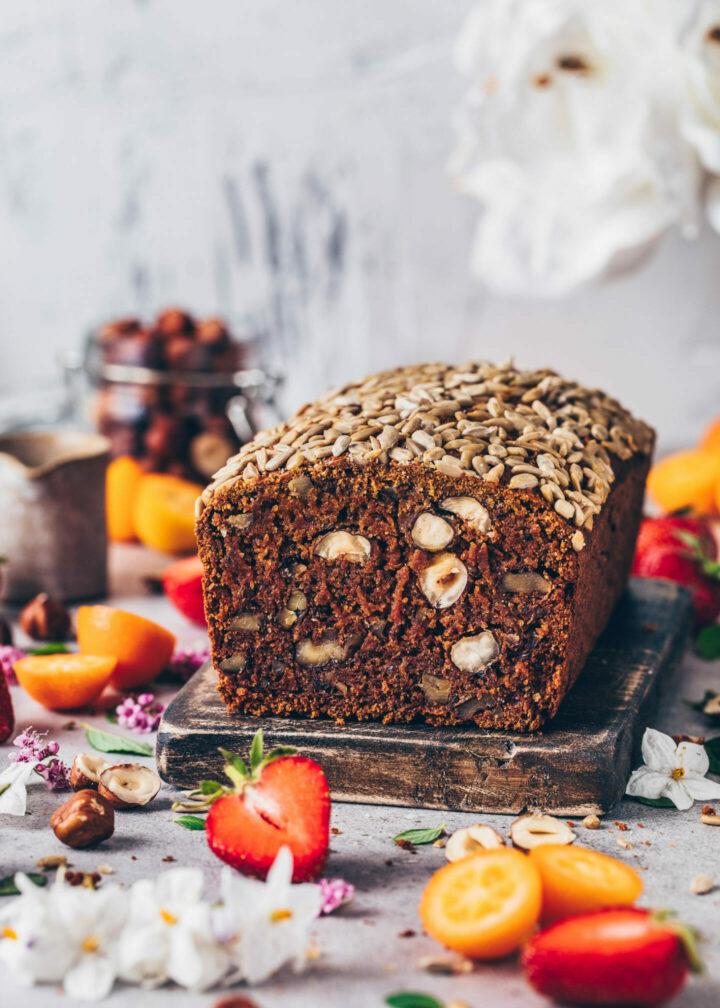Dattel-Nuss-Brot (gesund, glutenfrei, vegan, einfach)