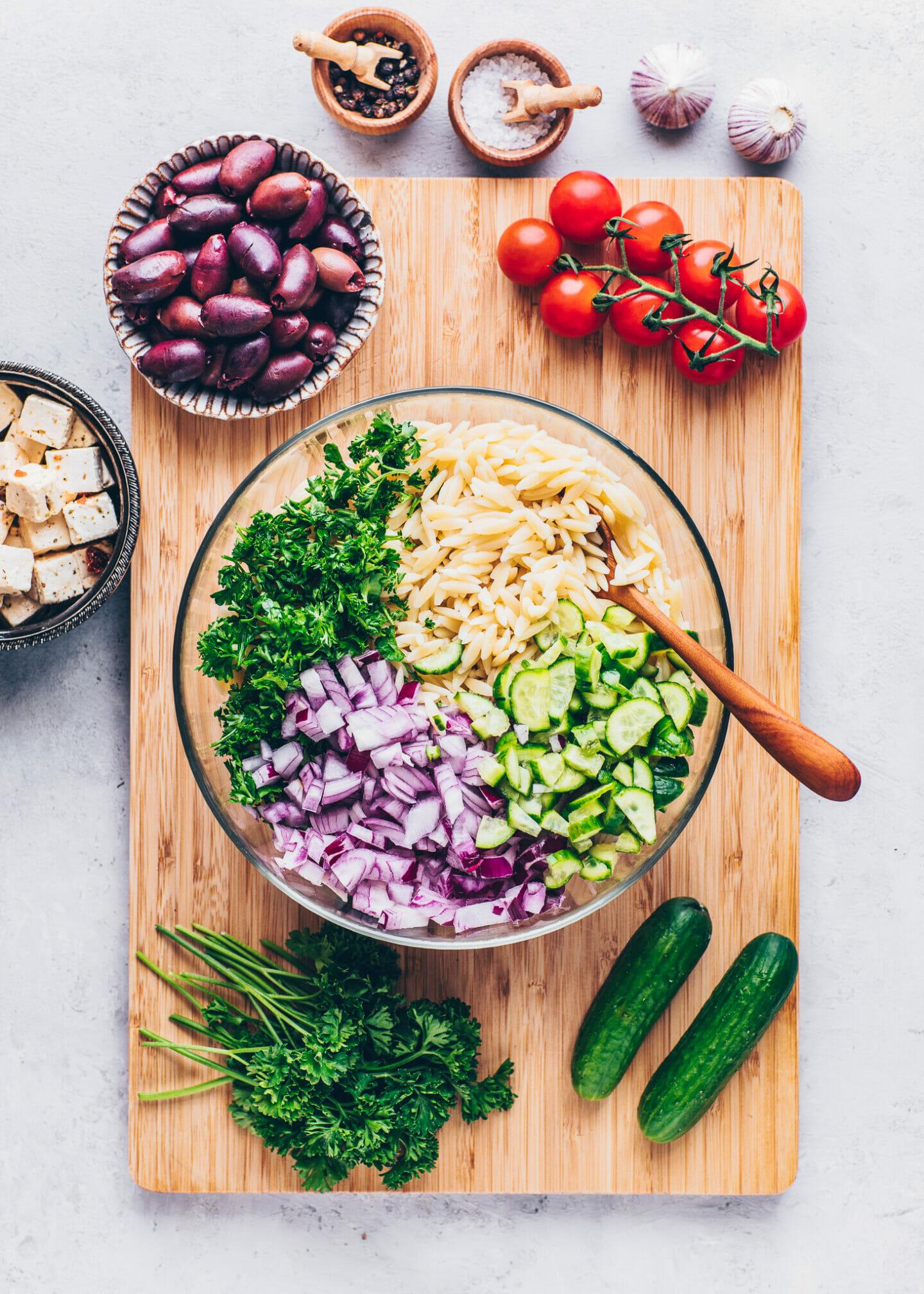 orzo pasta, kalamata oliven, cucumber, tomatoes, onion, parsley, lemon for salad