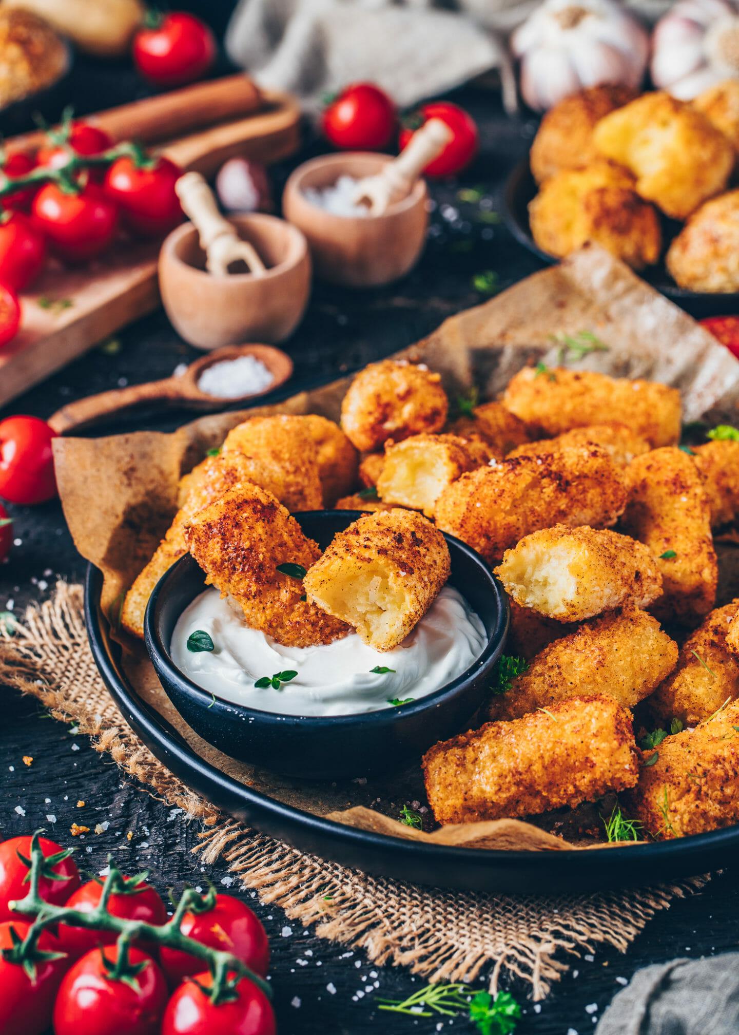 potato croquettes with vegan cashew mayonnaise (aioli)