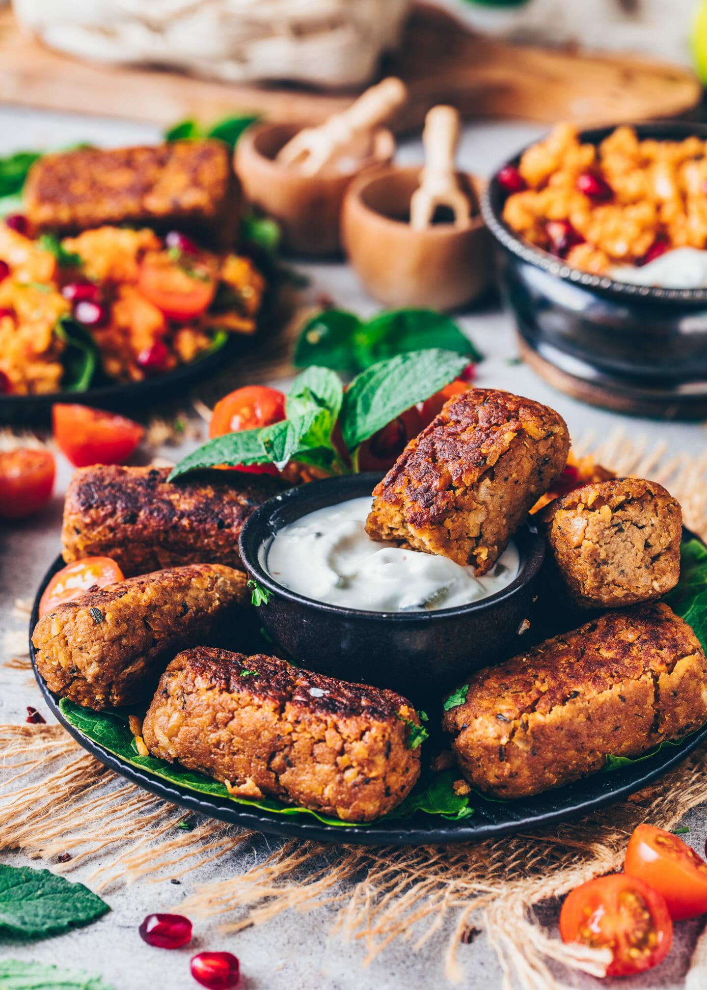 Veganes Weihnachtsessen - Vegane Cevapcici, Kichererbsen Würstchen, Falafel