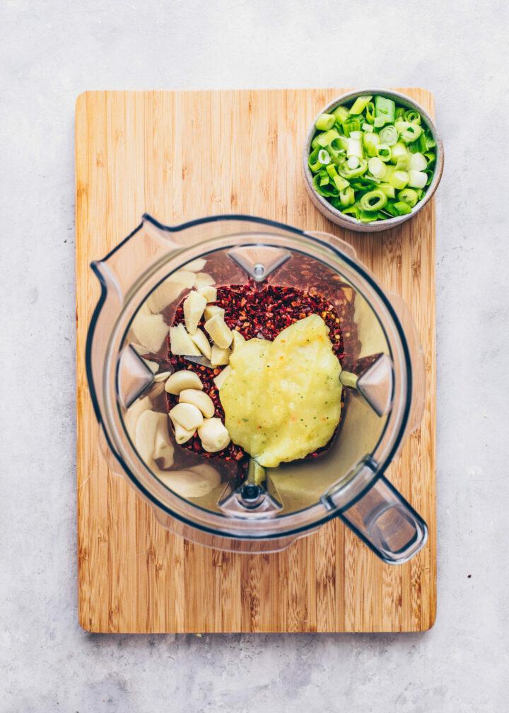 Kimchi Marinade mit Chiliflocken und Reispaste