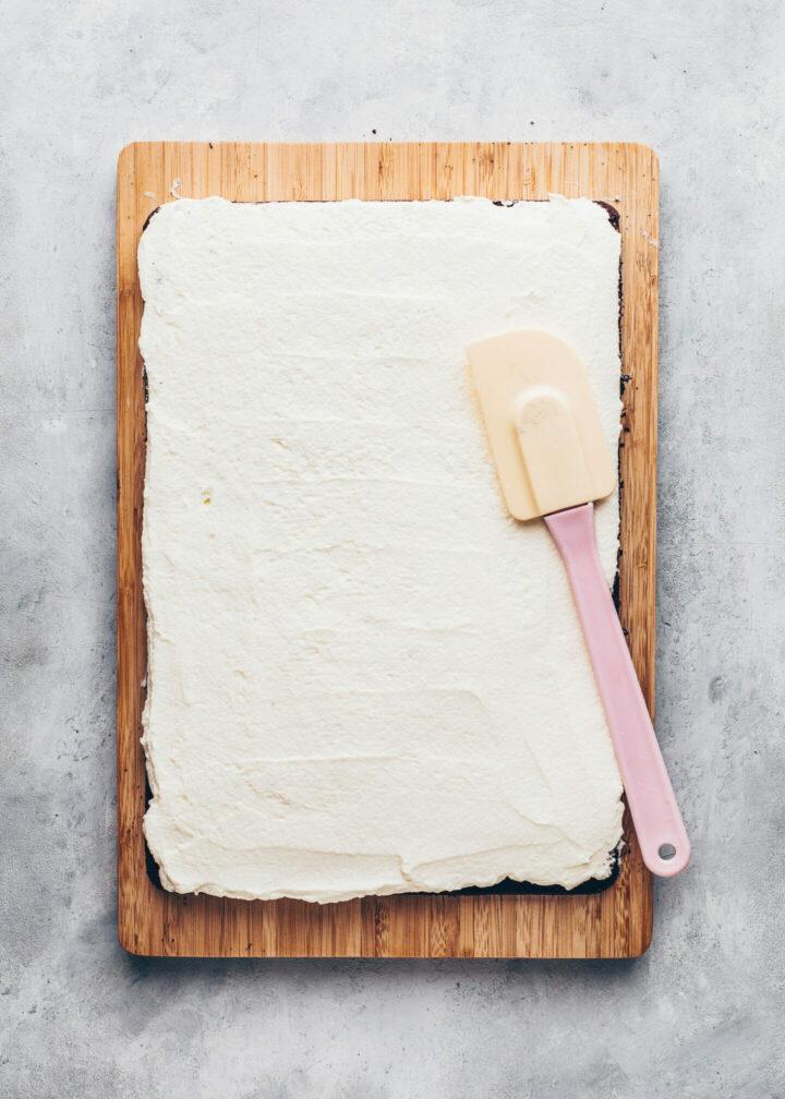Vegane Milchschnitten mit Sahne-Creme selber machen