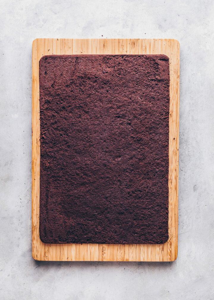 Schokoladen-Biskuit-Kuchen für vegane Milchschnitten