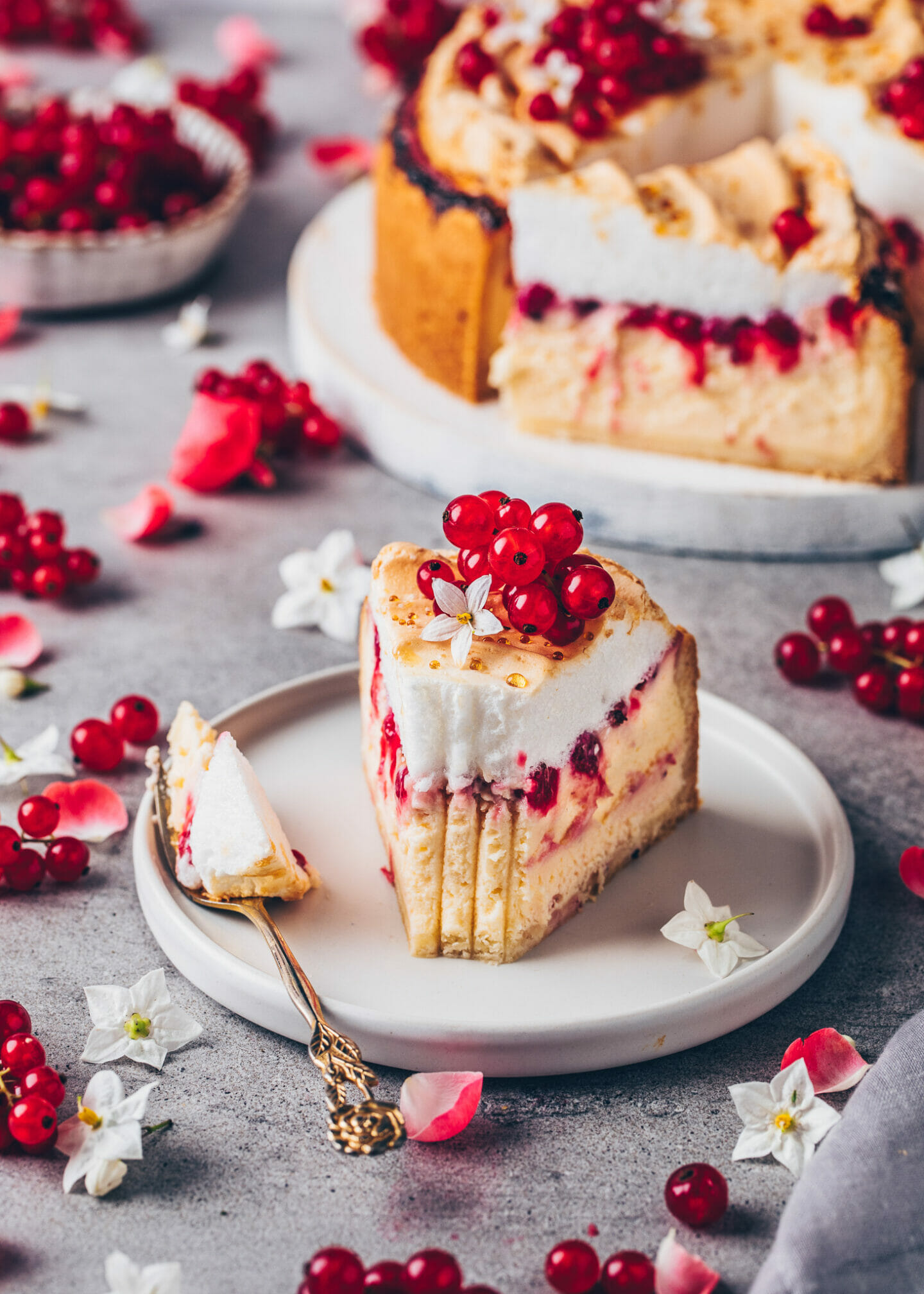 Vegan Cheesecake with Aquafaba Meringue and Red Currants