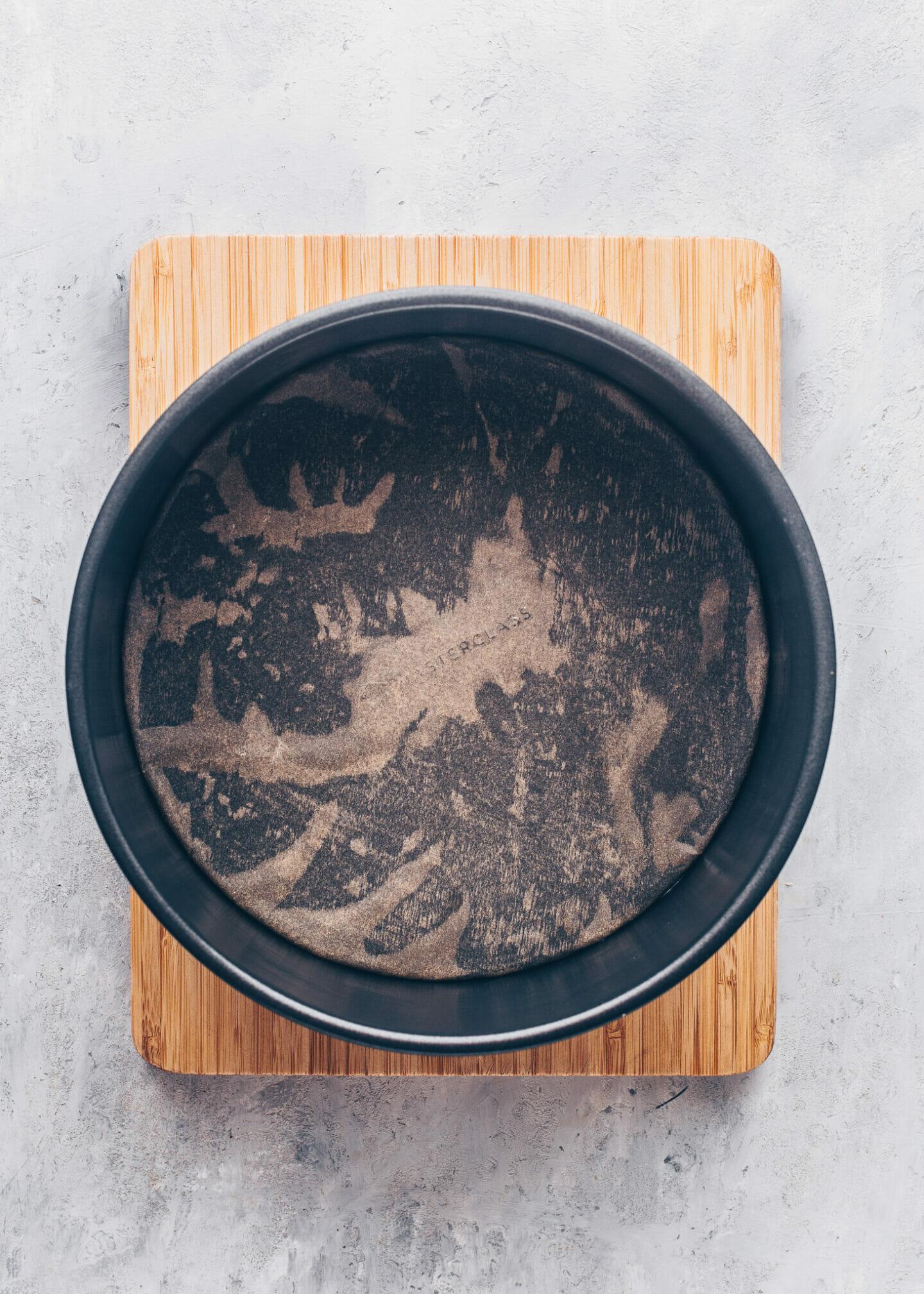 Springform pan with parchment paper