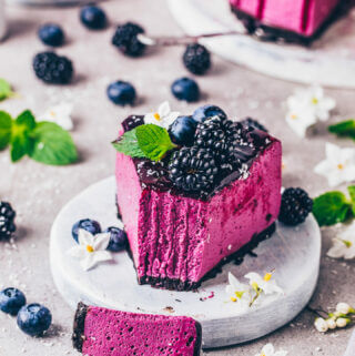 Best Blueberry Cheesecake