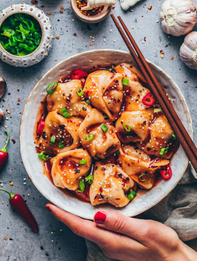 Sichuan Spicy Wontons in Chili Sauce (Vegan)