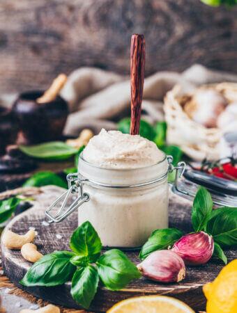 Veganer Cashew Ricotta Frischkäse (Schnell + Einfach)