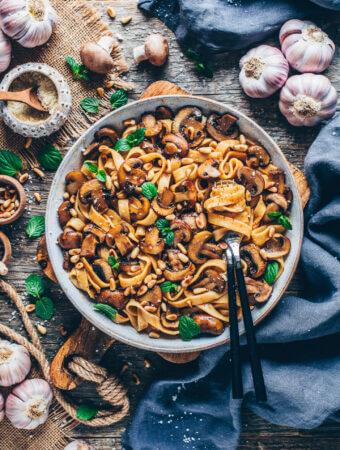 Balsamic Mushroom Pasta (Vegan & Easy)