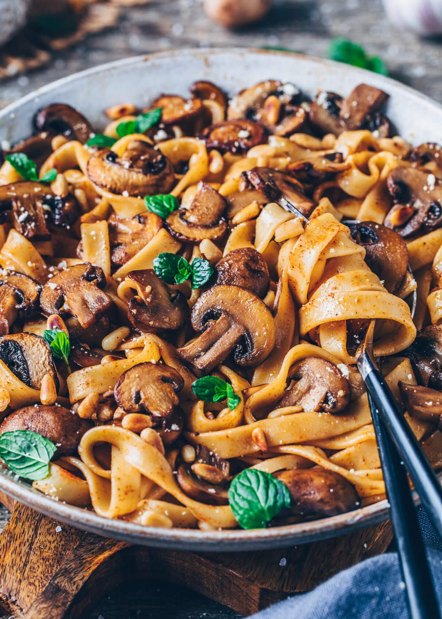 Caramelized Balsamic Mushroom Pasta