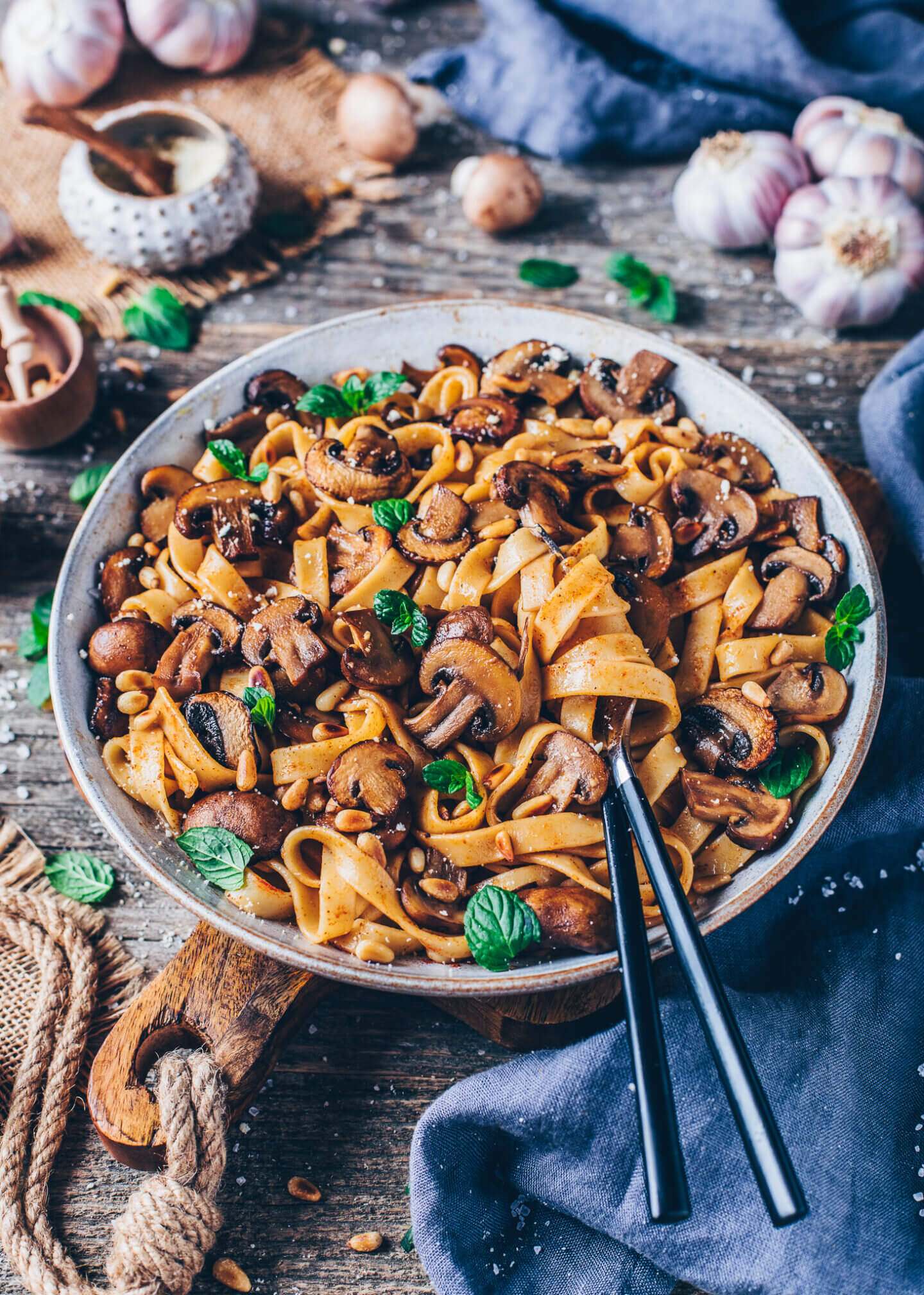 Pasta with caramelized mushrooms