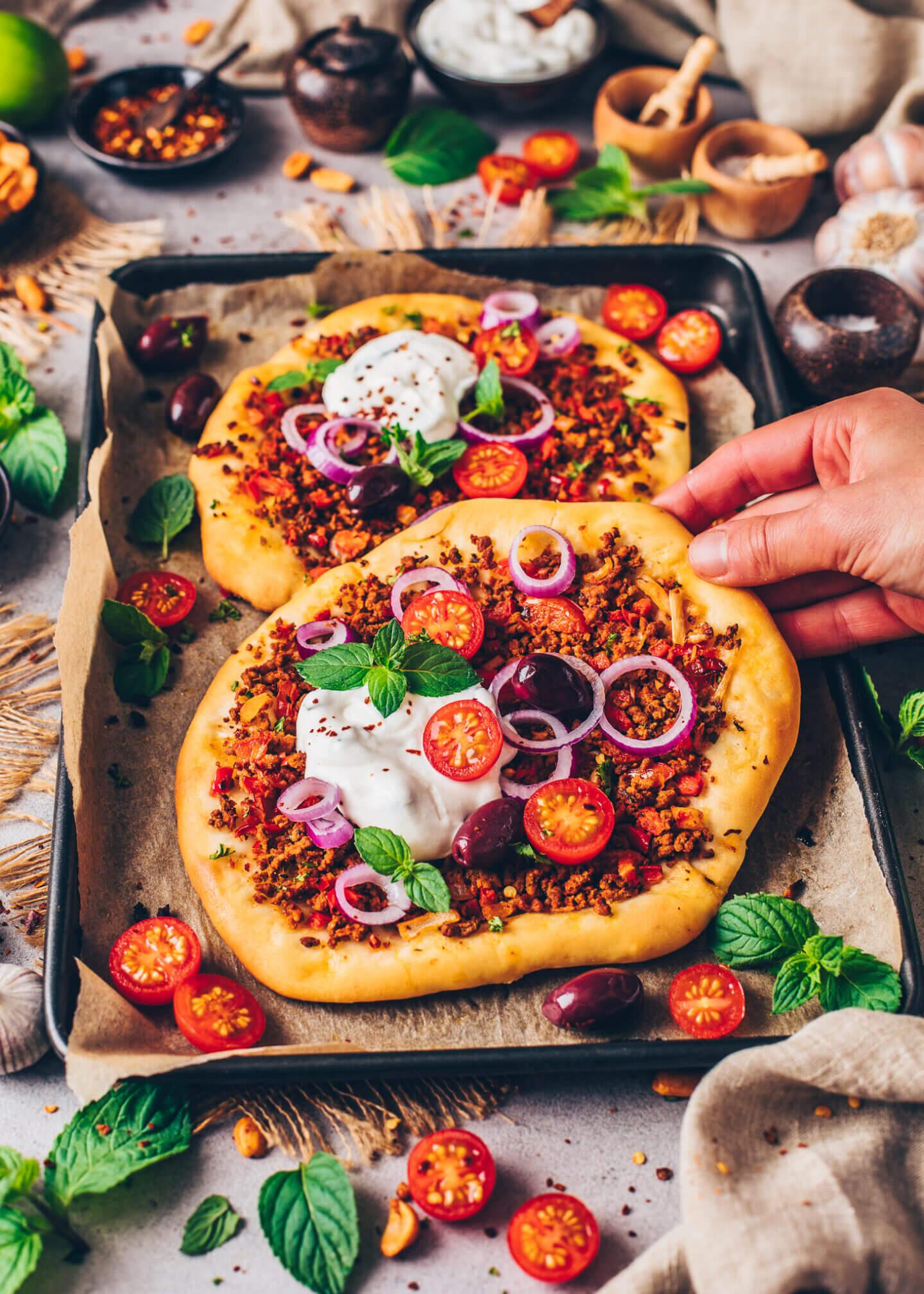 Türkische Pizza (Lahmacun, Vegan)