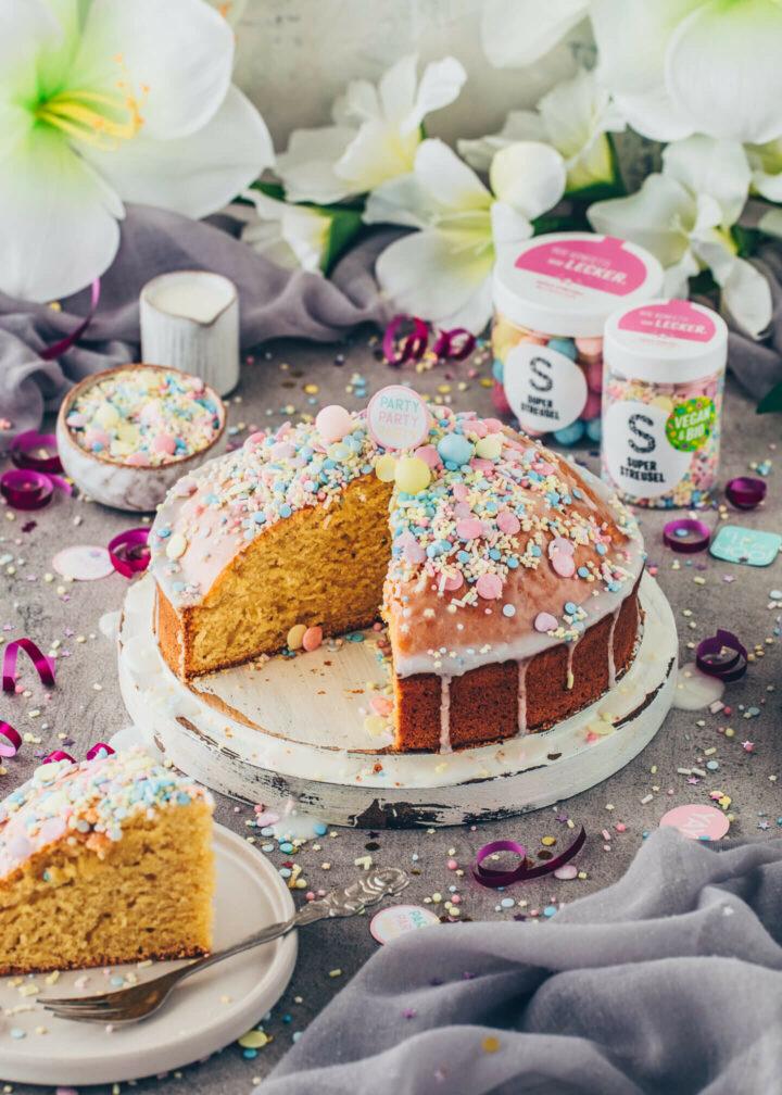Fantakuchen, Geburtstagskuchen, Konfetti-Kuchen, Party-Torte