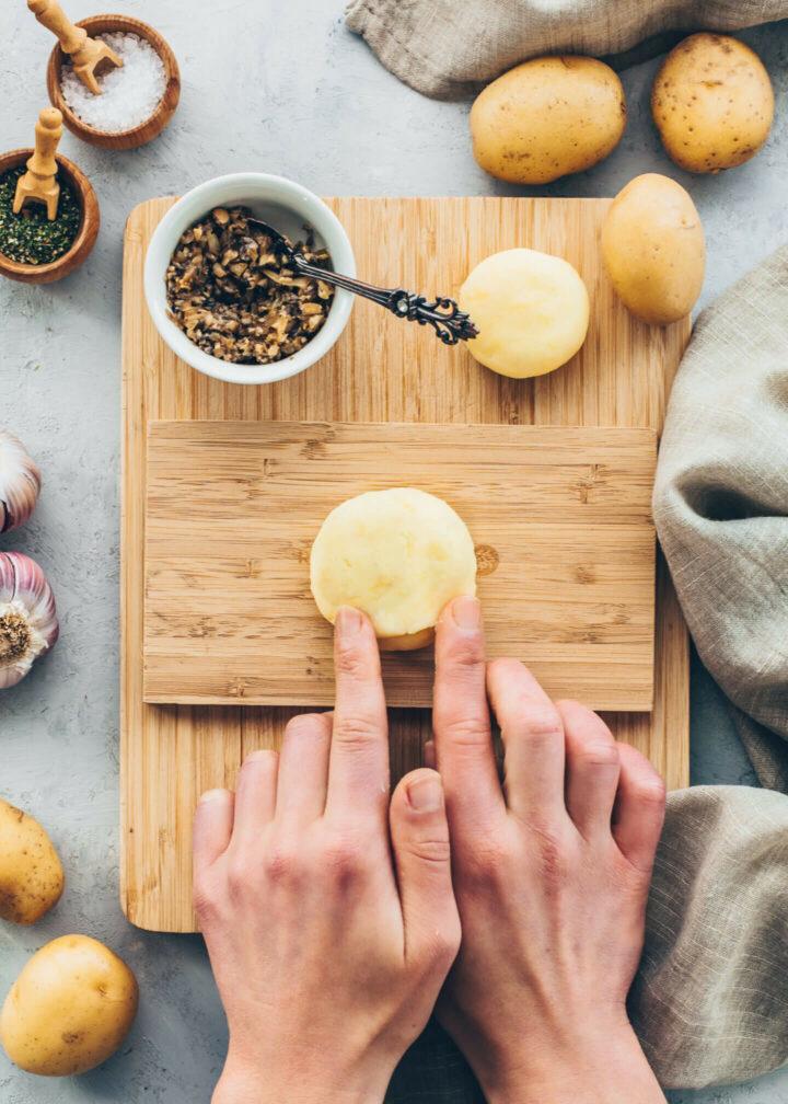 How to make Stuffed Potato Dumplings