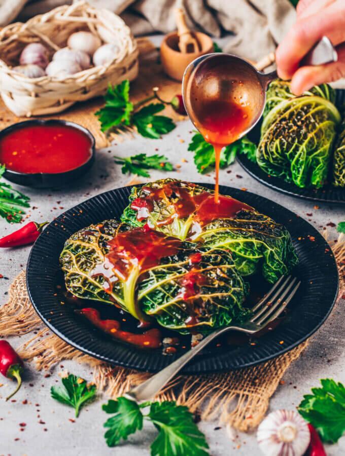 Vegane Kohlrouladen (Asiatische Art)