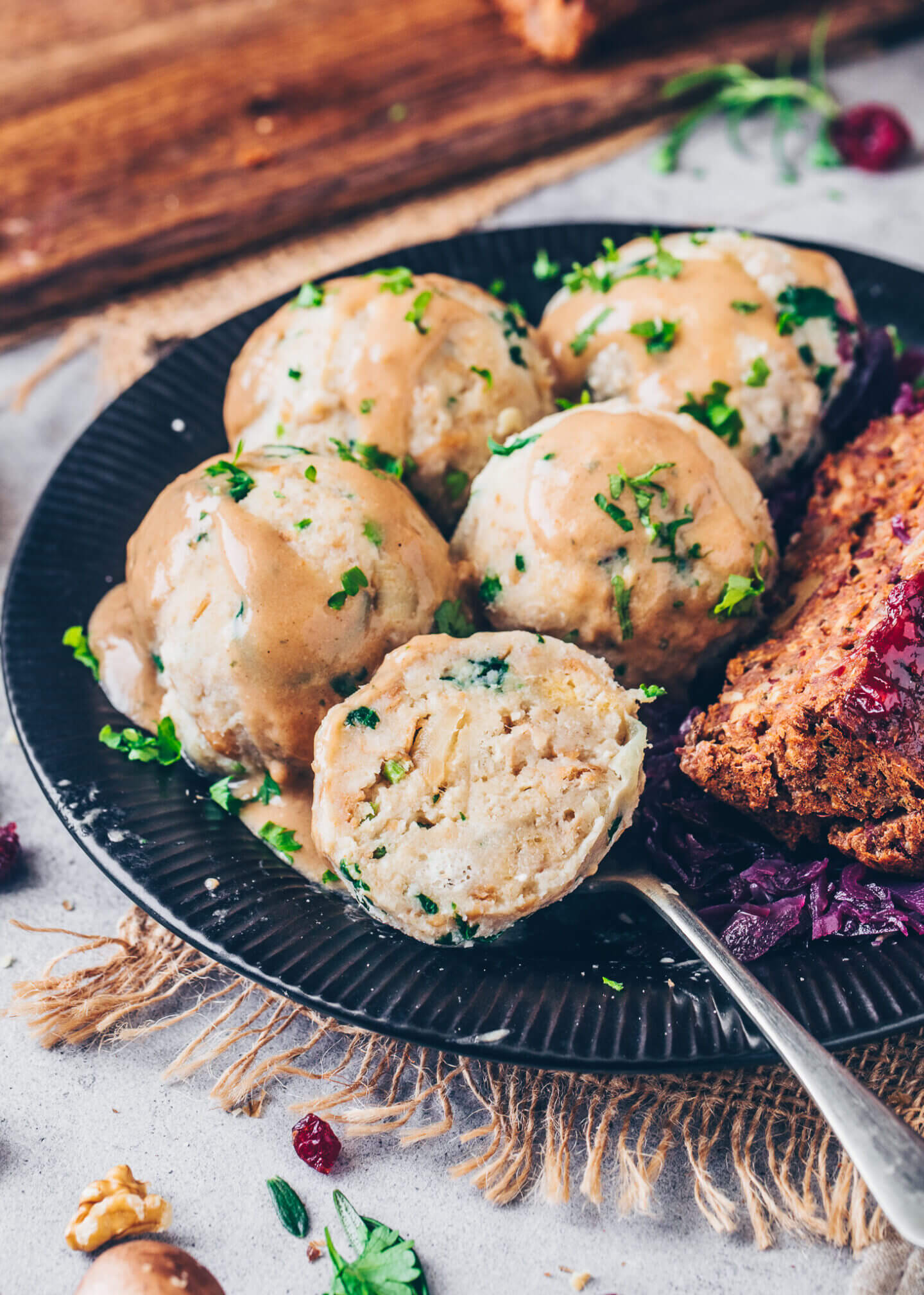 Vegan Bread Dumplings (German Semmelknoedel)