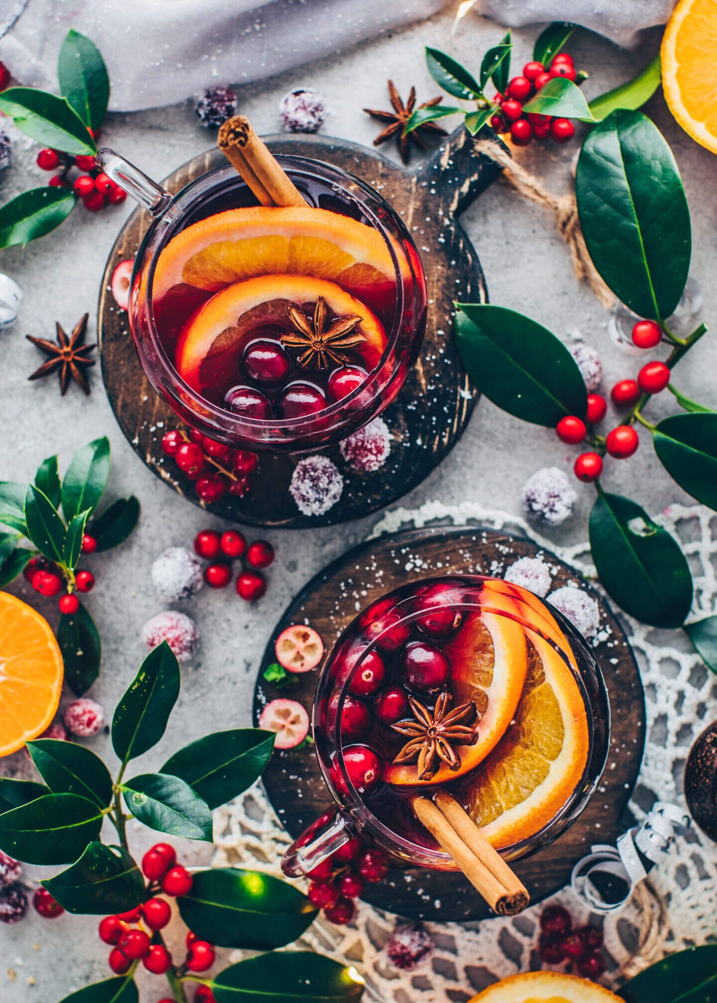 Mulled Wine - Winter Fruit Punch with oranges, cranberries, cloves, star anise, cinnamon