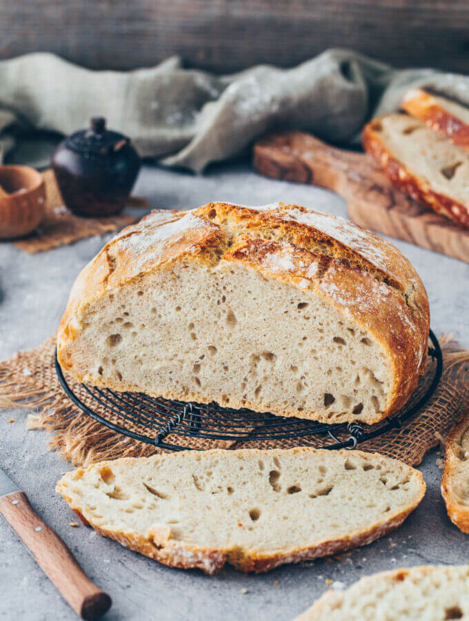 Easy No-Knead Bread