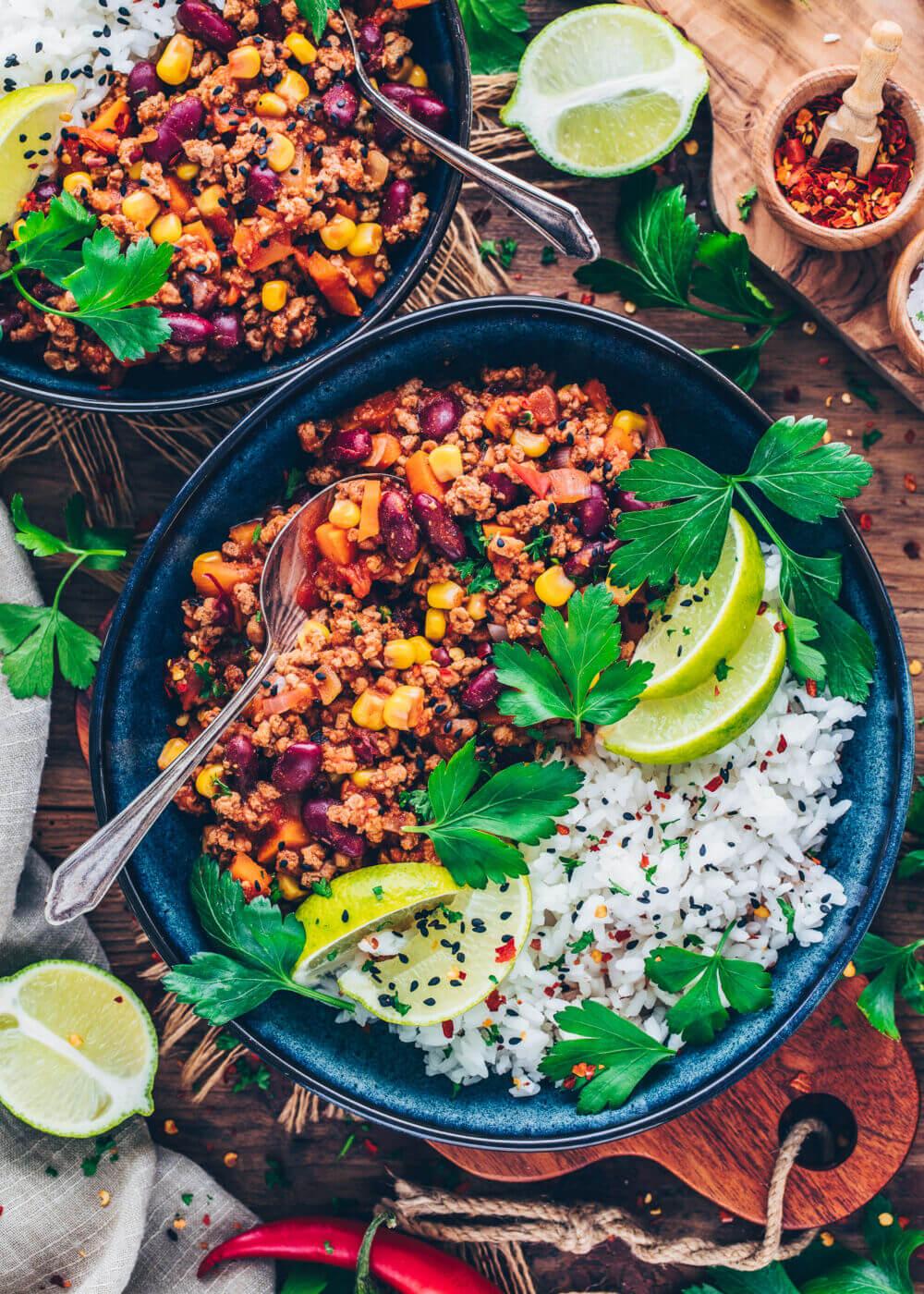 Chili sin carne mit Reis Rezept (gesund, vegan, einfach, one-pot)