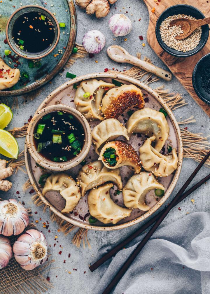 Vegan Dumplings with vegetable filling and sesame crust