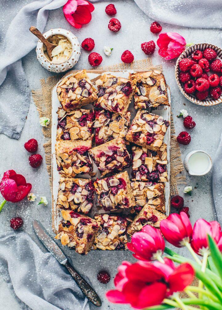 Kuchen mit Himbeeren und Mandeln (Food Fotografie)