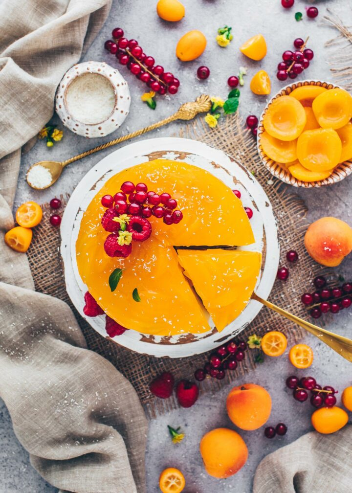 Apricot Cake with raspberries (food styling, food photography)