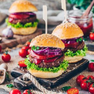 Burger (Pflanzlich, gesund, vegan, vegetarisch, fettarm)