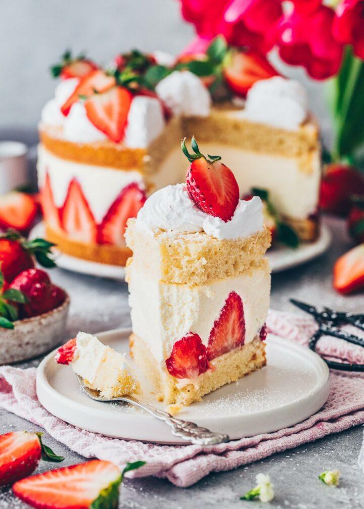 Vegan Strawberry Cream Cake