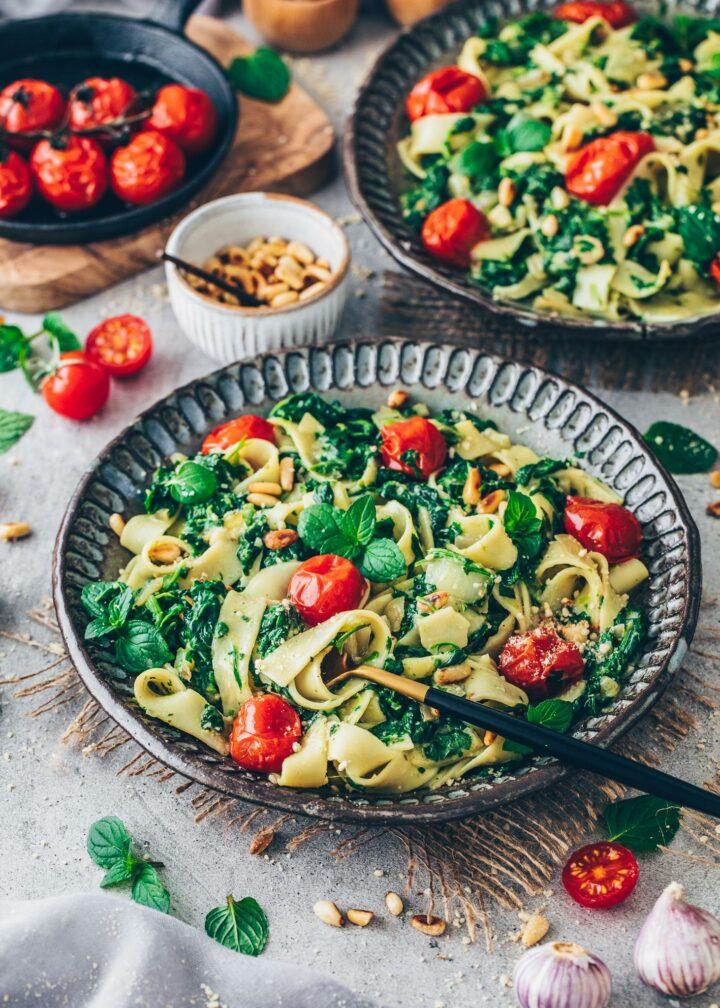 Fettuccine Pasta mit Spinat-Sahne-Soße