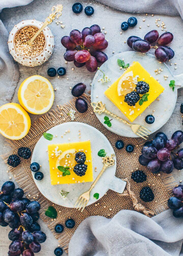 Lemon Bars creamy vegan lemon curd an berries