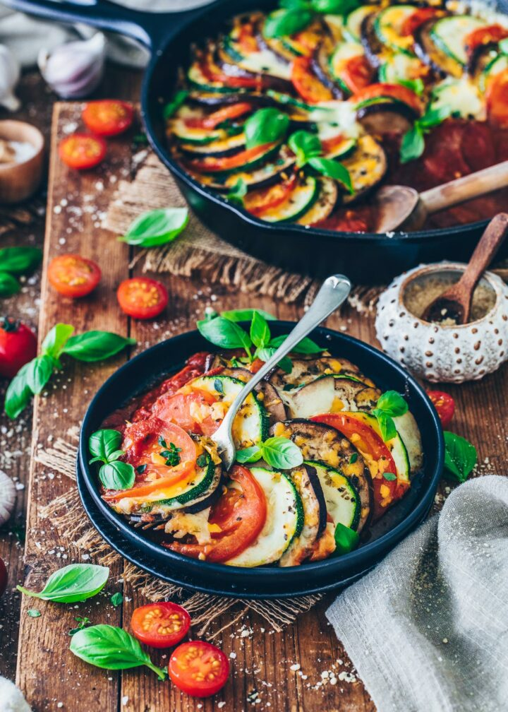 Ratatouille mit Zucchini, Auberginen und Tomaten