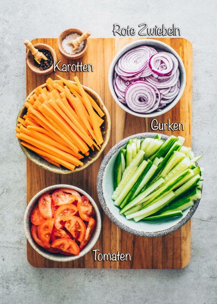 Karotten, Tomaten, Gurken, Zwiebeln
