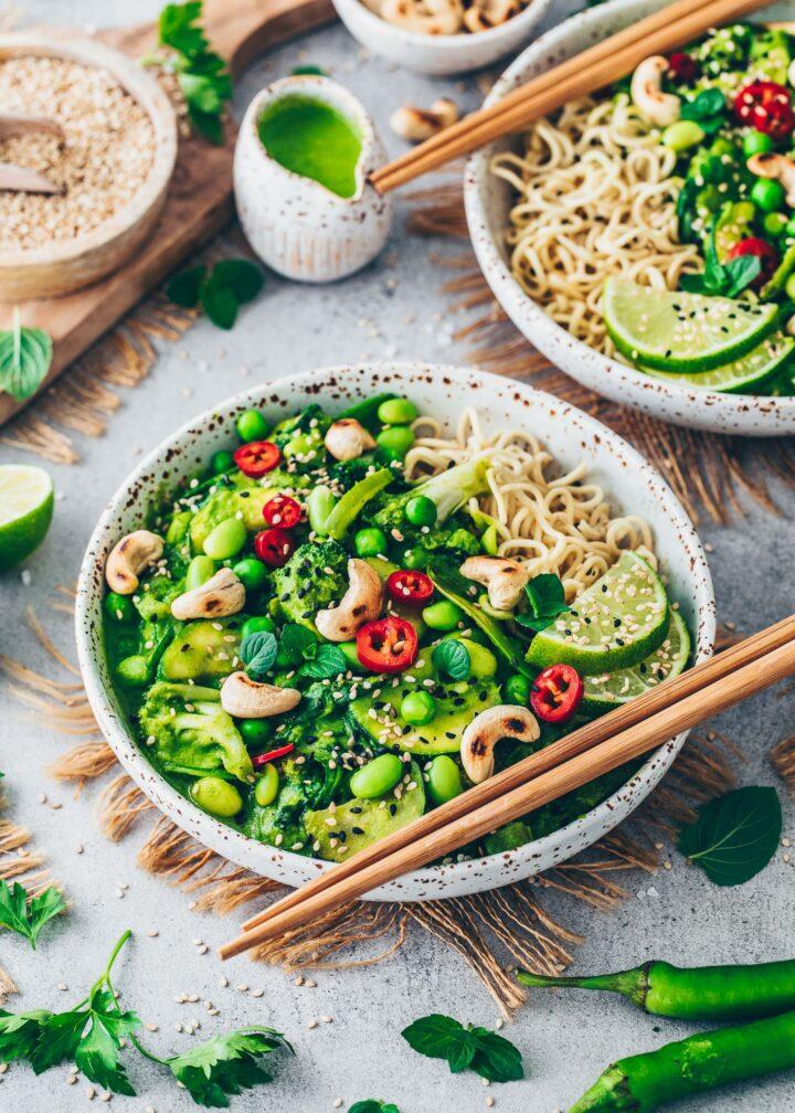 Curry mit grünem Gemüse und Thai-Curry-Soße